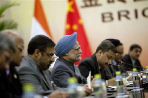 China, India meet in sidline of BRICS summit