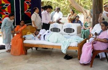 Karunanidhi, on a day-long hunger strike