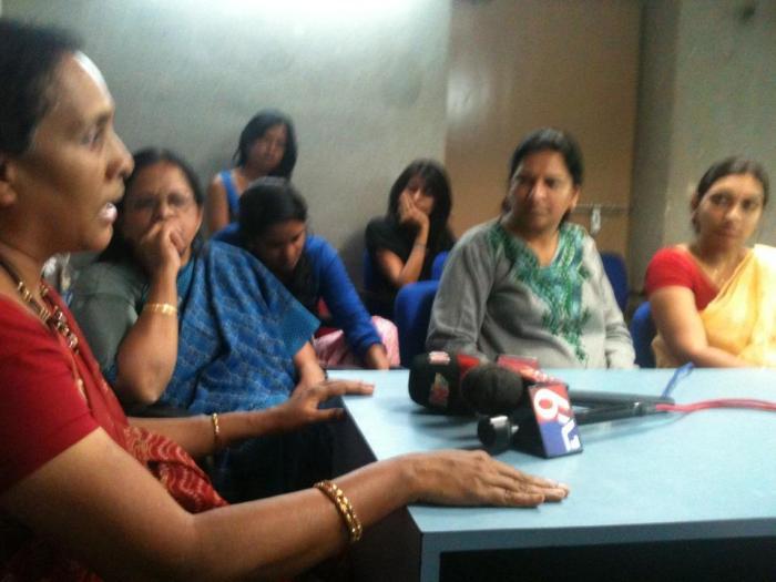 ఫేస్ బుక్ రాతలపై హైద్రాబాద్ లో మహిళల ప్రెస్ మీట్ (ఫొటో: ఫేస్ బుక్)
