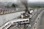 Spain high speed train crash 04