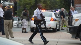 Washington DC navy yard shooting 06