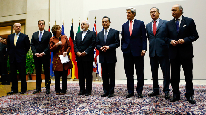 Foreign ministers at Geneva after agreement