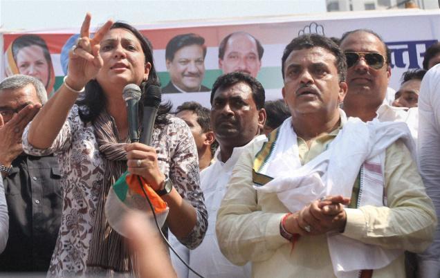 Congress MPs Priya Dutt and Sanjay Nirupam