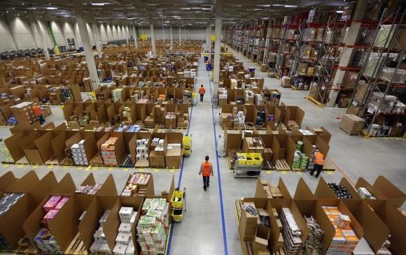 Amazon's logistics centre in Graben