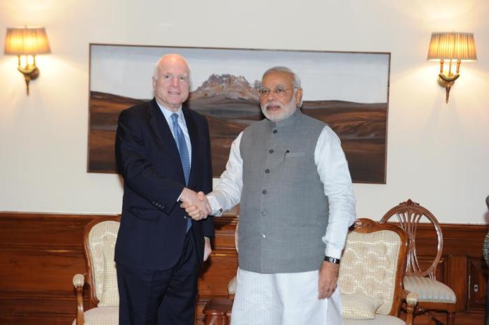 McCain, Modi shake hands