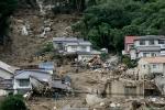 Deadly landslide hit Hiroshima 13