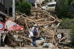 Deadly landslide hit Hiroshima 15