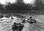 02 Soviet Machine gun crew crossing a Baltic river -Jan 1945