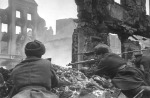 12 Soviet soldiers lead house-to-house fight in Konigsberg -Aprl 1945