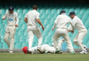 01 Philip Hughes on the ground