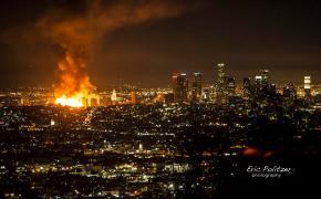01 Massive blaze in Los Angeles