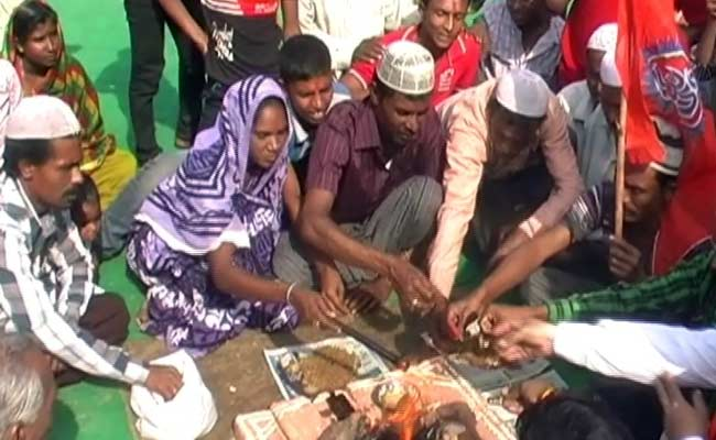 Conversion ceremony in Agra -NDTV