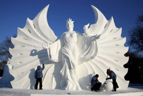 01 Snow sculpture during Harbin Ice and Snow World -China