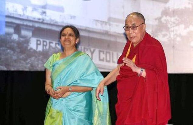 Dalailama with VC Anuradha Lohia