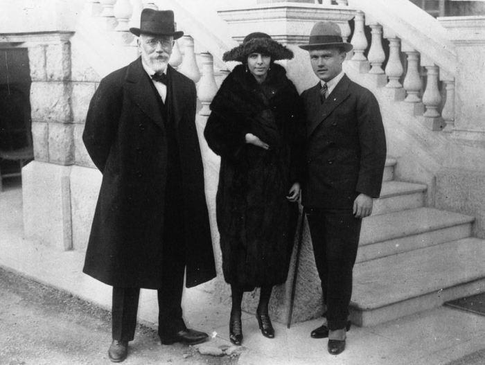 Eleftherios Venizelos with his son -1921