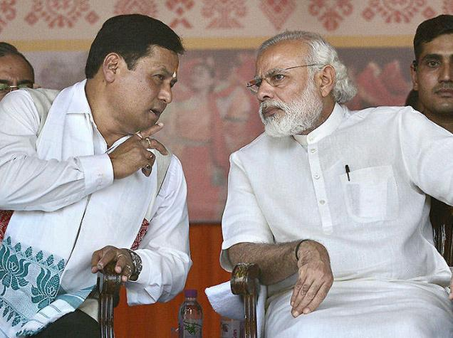 Sarbananda Sonowal with PM Modi in Guwahati
