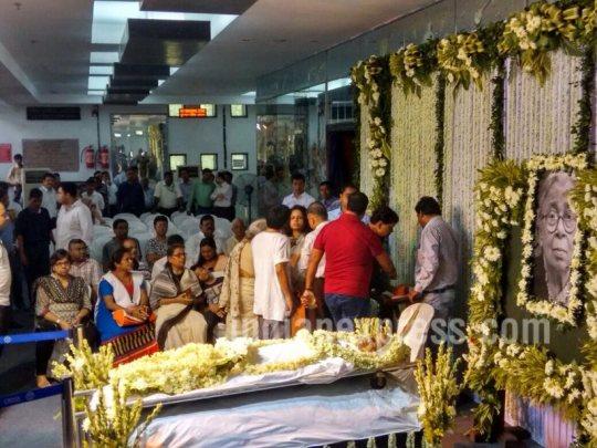 Mahashwetha Devi body in state
